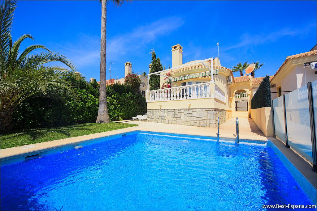 Аренда виллы на побережье испании apartamentos olx