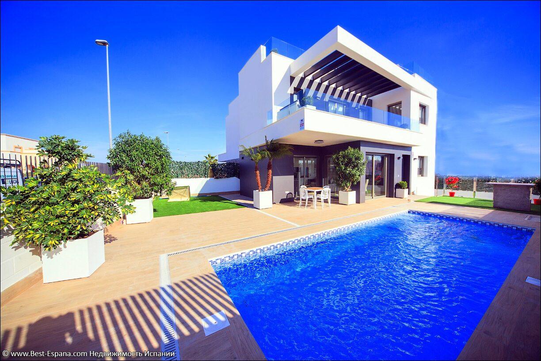 фото дома с бассейном в испании