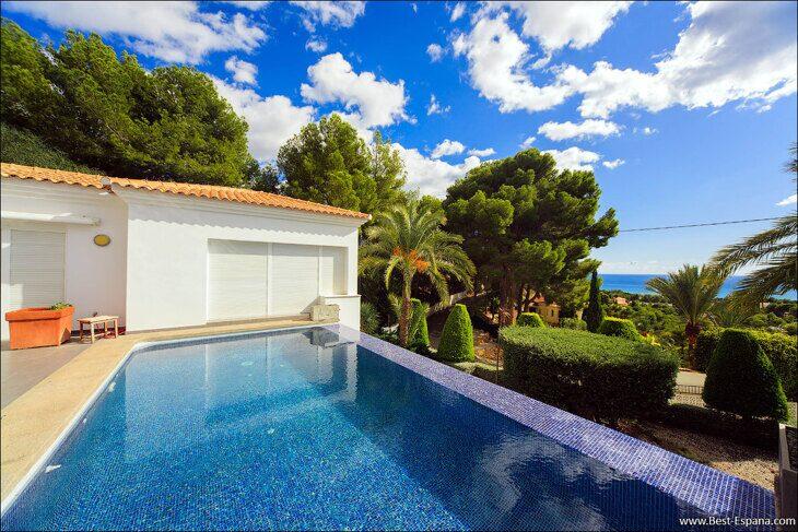 luxury-property-Spain-villa-in-Altea-Hills-06 photo
