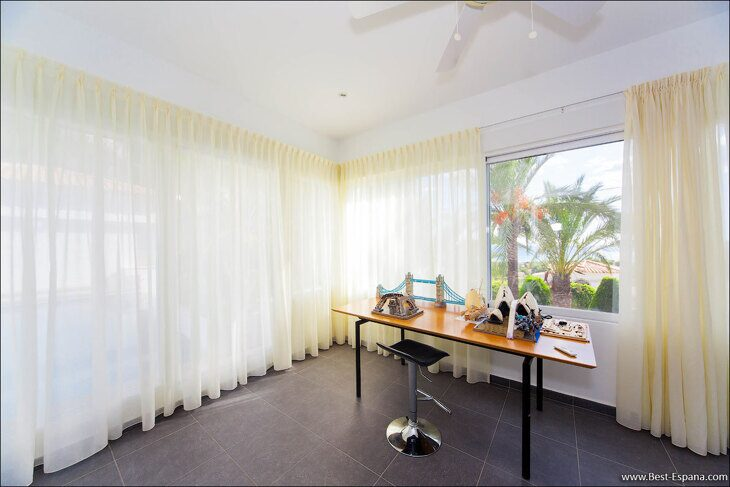 luxury-property-Spain-villa-in-Altea-Hills-29 photo
