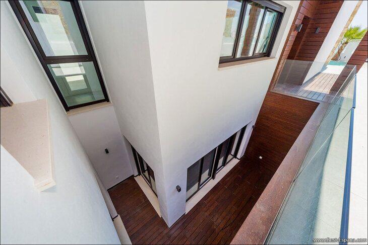 luxury-villa-spain-property-19 photo