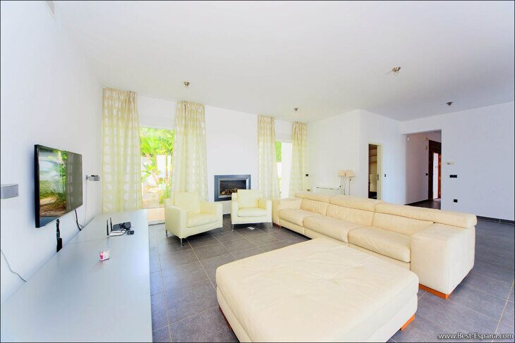 luxury-property-Spain-villa-in-Altea-Hills-21 photo