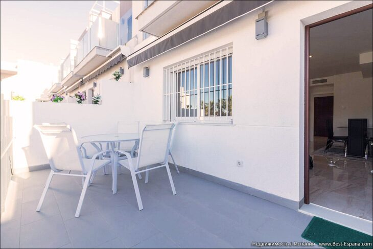 for-sale-townhouse-torrevieja-05 фотография