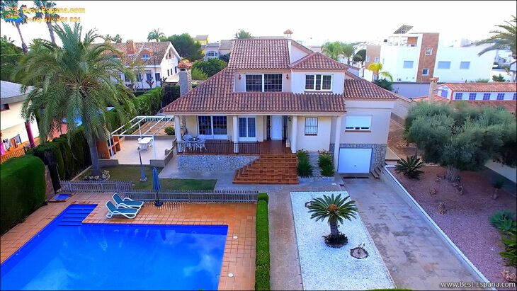 Luxury-villa-in-Spain-by-the-sea-02 photo