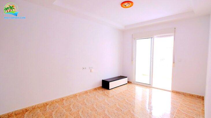 spain-apartment-torrevieja-beach-cura-11 photo