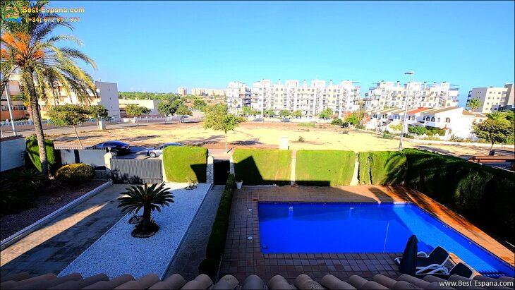 Luxury-villa-in-Spain-by-the-sea-49 photo