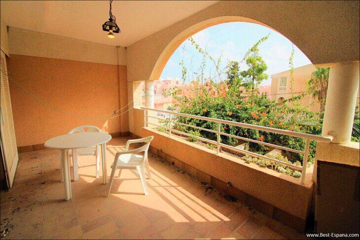 Spanien-Wohnung-mit-einer-großen-Terrasse-und-Ofen-Grill-06 Fotografie