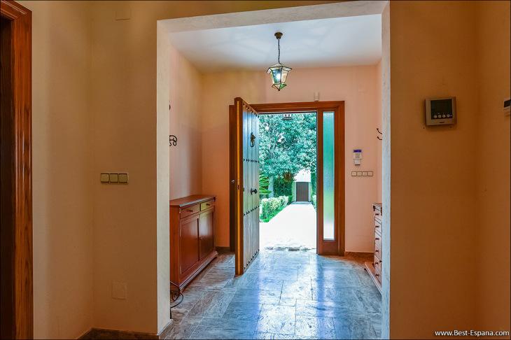 Luxury villa in Spain premium 09 photo