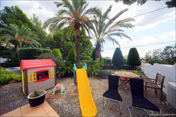luxury-property-Spain-villa-in-Altea-Hills-09 photo