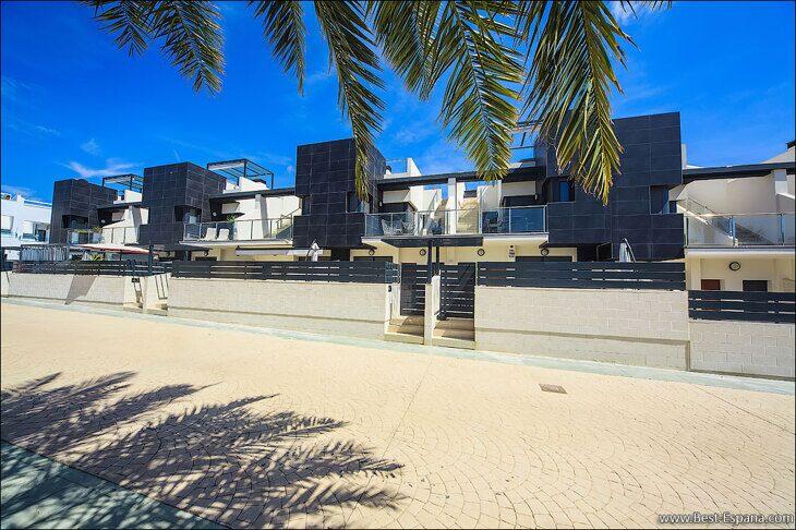 Immobilien-Spanien-Haus-Reihenhaus-Verkauf-02 Fotografie