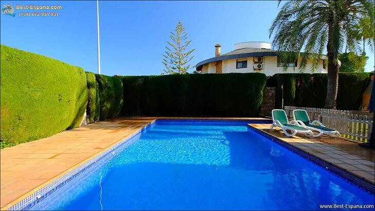 Luxury-villa-in-Spain-by-the-sea-09 photo