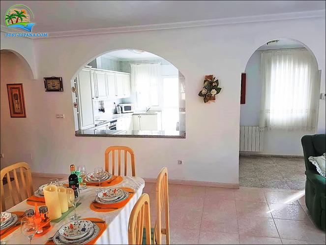hus i Spanien vid havet 06 bild