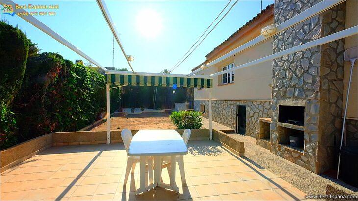 Luxury-villa-in-Spain-by-the-sea-12 photo