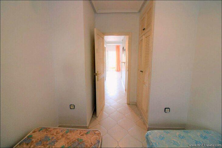 Spanien-Wohnung-mit-einer-großen-Terrasse-und-Ofen-Grill-23 Fotografie