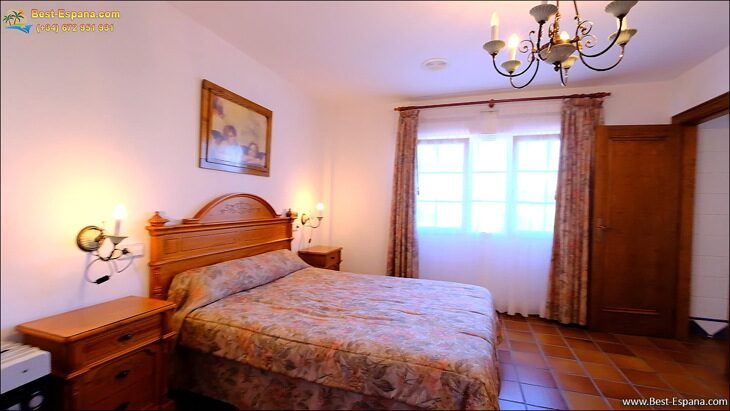 Luxury-villa-in-Spain-by-the-sea-27 photo