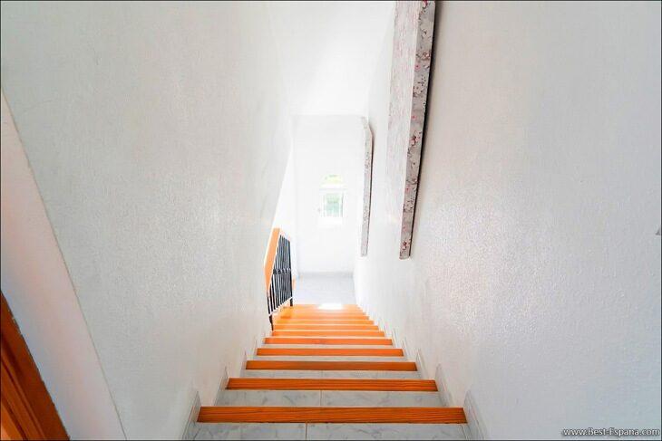 Apartment-penthouse-duplex-in-Spain-32 photo
