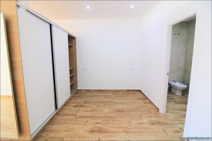 property-in-torrevieja-studio-apartment-16 photography
