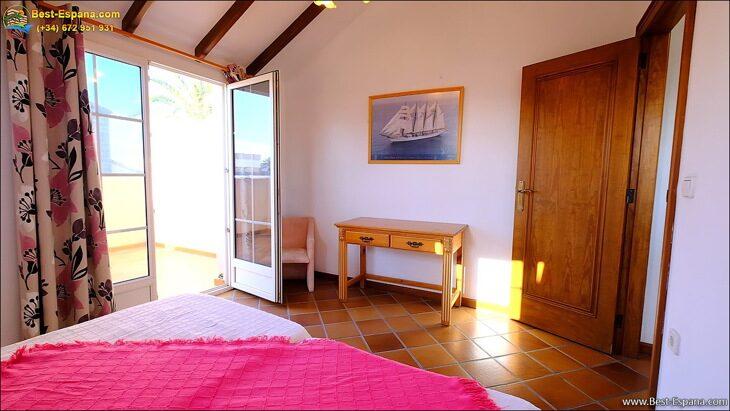 Luxury-villa-in-Spain-by-the-sea-46 photo
