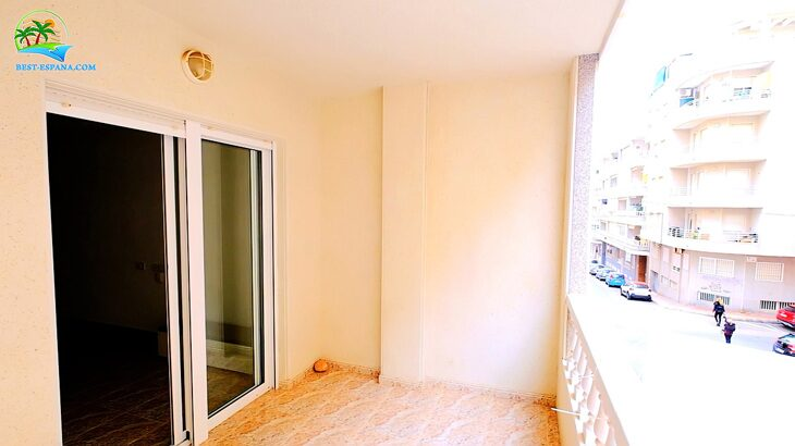 spain-apartment-torrevieja-beach-cura-12 photo