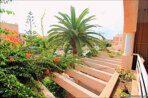 Spanien-Apartment-mit-einer-großen-Terrasse-und-Ofengrill-04