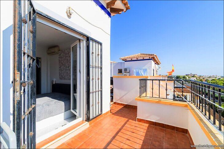 Apartment-penthouse-duplex-in-Spain-27 photo