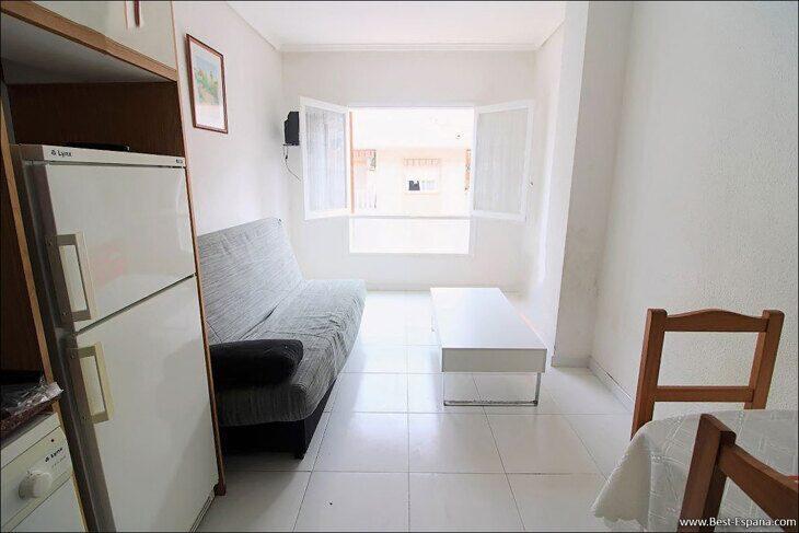 property-Spain-inexpensive-studio-Torrevieja-02 photography