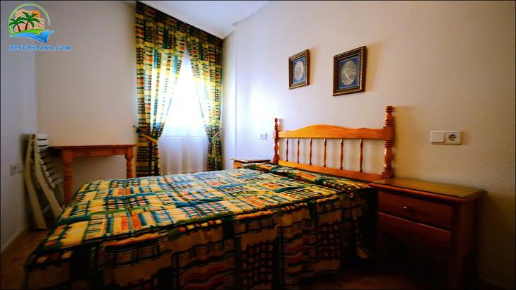 Fastigheter-Spanien-lägenhet-Torrevieja-vid-havet-15 bild