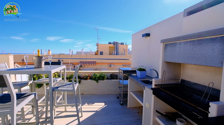Luxus-Penthouse-in-Spanien-by-the-Sea-30 Foto