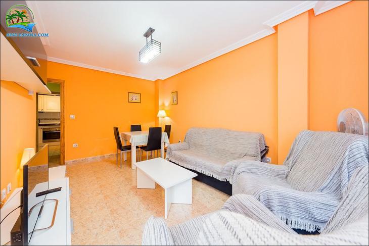 lägenhet i Spanien vid havet Torrevieja 04 foto