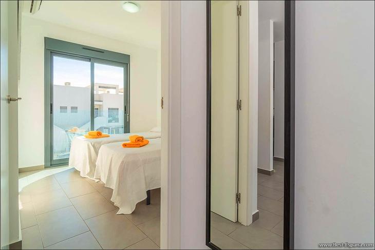 apartment-in-la-Zenia-20 photo