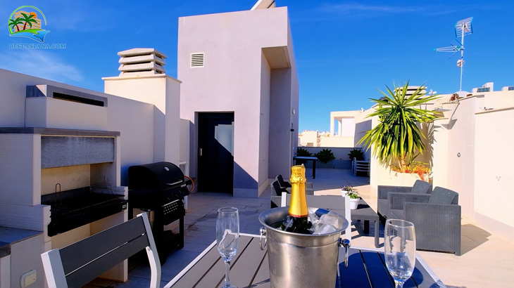 Luxus-Penthouse-in-Spanien-by-the-Sea-28 Foto