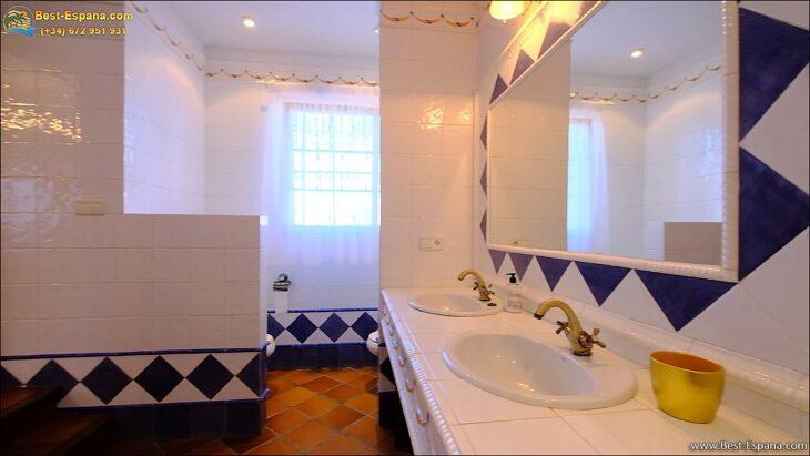 Luxury-villa-in-Spain-by-the-sea-31 photo