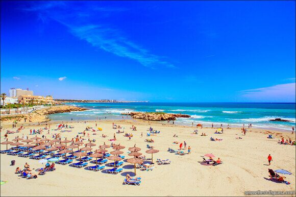 Strand von Cala Capitan Cabo Roig und Kapitänsbucht