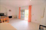 Spanien-Apartment-mit-einer-großen-Terrasse-und-Ofengrill-12