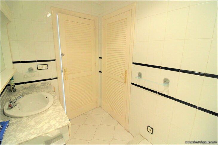 Spanien-Wohnung-mit-einer-großen-Terrasse-und-Ofen-Grill-21 Fotografie