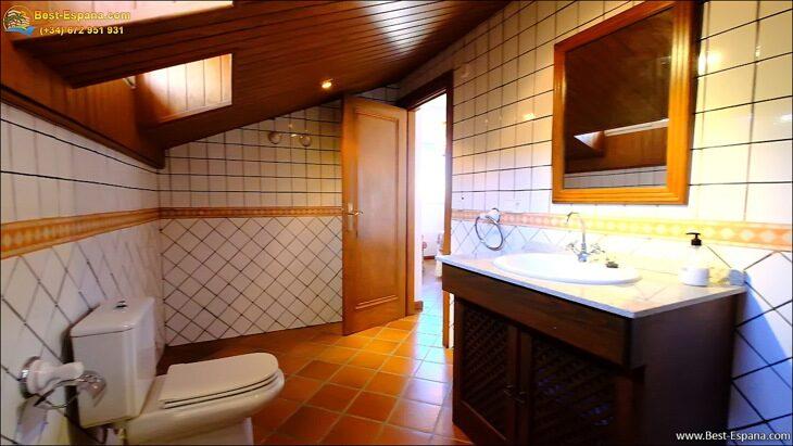 Luxury-villa-in-Spain-by-the-sea-52 photo