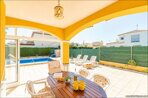 large-villa-in-Spain-property-by-the-sea-28