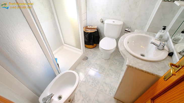 Apartment-in-Torrevieja, -Real Estate-Spain-20 photo