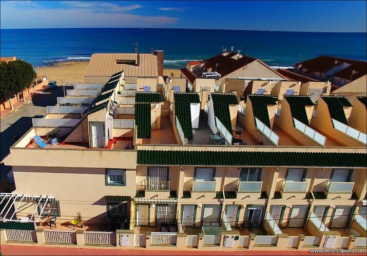 Huis-in-Spanje-aan-zee-03 foto