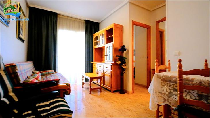 Fastigheter-Spanien-lägenhet-Torrevieja-vid-havet-10 bild