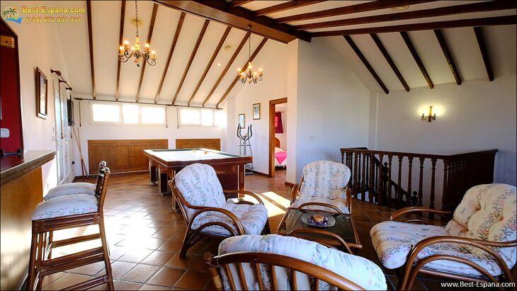 Luxury-villa-in-Spain-by-the-sea-43 photo