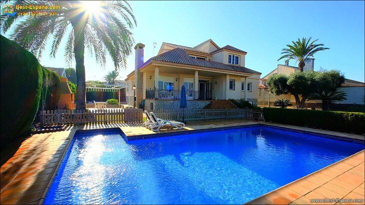 Luxury-villa-in-Spain-by-the-sea-07 photo