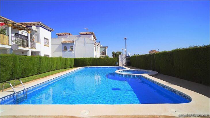 Apartment-penthouse-duplex-in-Spain-52 photo