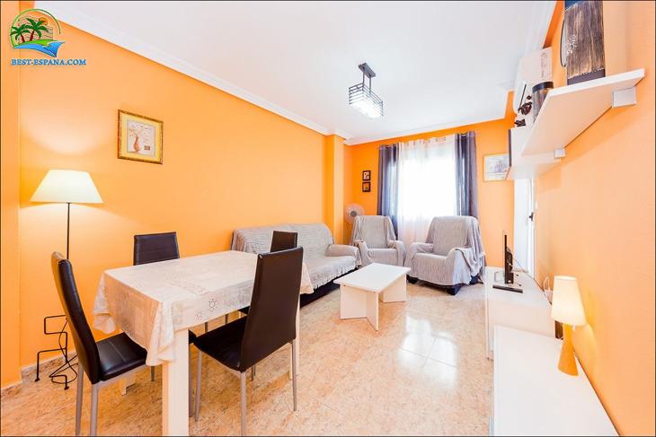 lägenhet i Spanien vid havet Torrevieja 03 foto