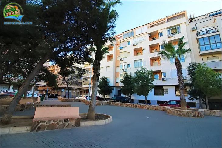 cheap property Spain studio 4915 photography