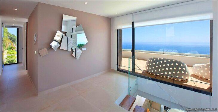luxury-villa-spain-property-suite-10 photo