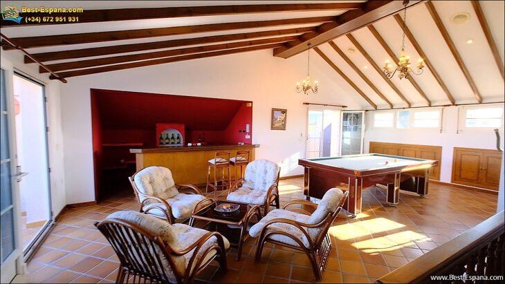 Luxury-villa-in-Spain-by-the-sea-40 photo