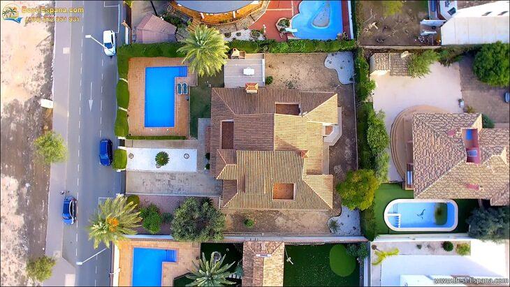 Luxury-villa-in-Spain-by-the-sea-55 photo