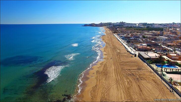 Huis-in-Spanje-aan-zee-35 foto