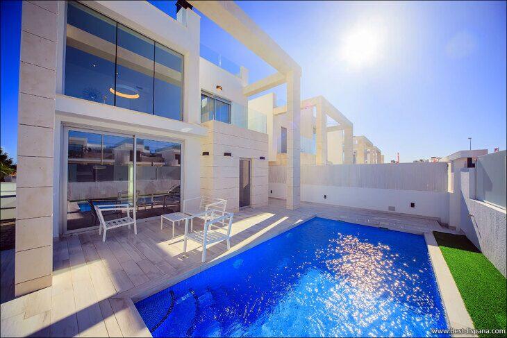 new-property-Spain-villa-high-tech-luxury-Cabo Roig-04 photo